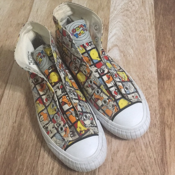 Keds Shoes - VINTAGE Keds x Looney Tunes High Tops 13667281c